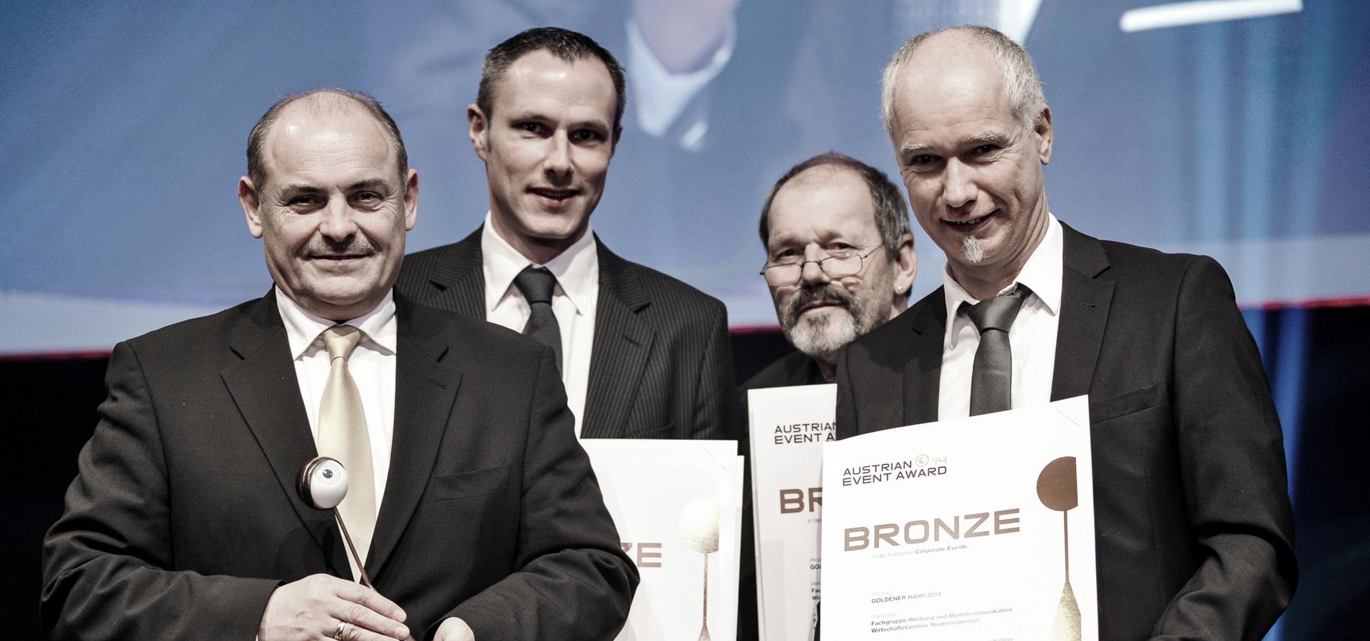 BRONZE FÜR GOLD